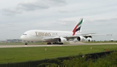 Emirates_A380_at_Manchester