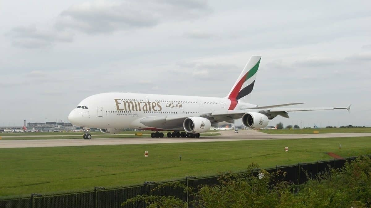 Emirates Airbus A380 Stops On Runway In Amsterdam With Deflated