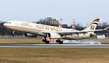 Etihad_Airways_Airbus_A330-300_(A6-AFD)_at_Frankfurt_Airport