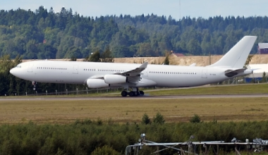 Hi Fly Airbus A340 Emergency Landing