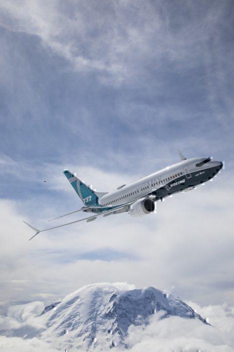 Boeing 737 -7