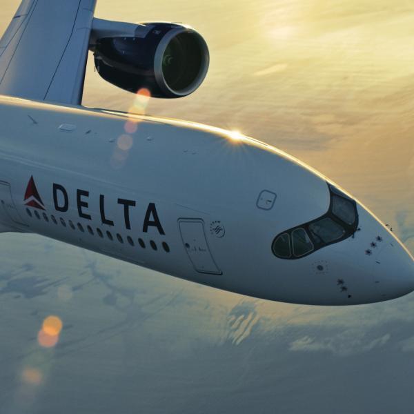 A Delta também está usando aeronaves com menor consumo de combustível para ajudar a reduzir as emissões de efeito estufa. Foto: Delta