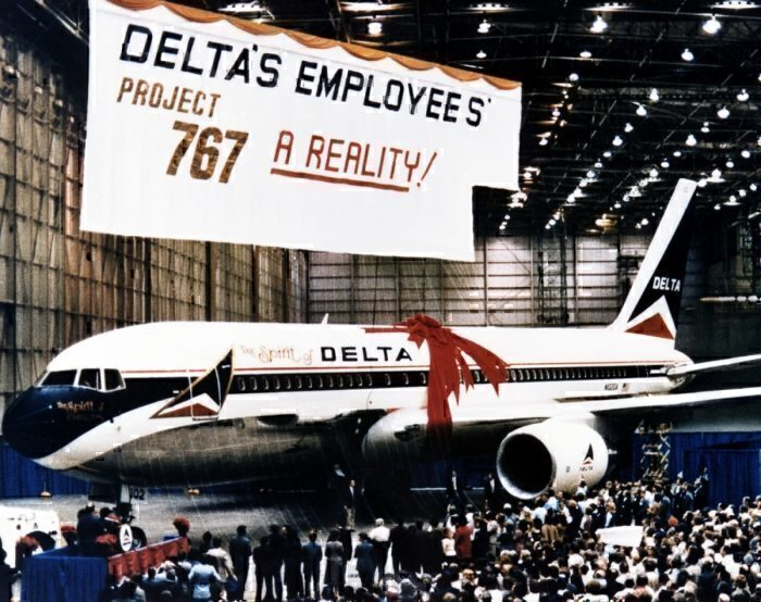 How Delta Employees Bought The Airline A Boeing 767 - Simple
