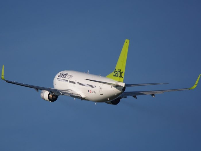 airBaltic Boeing 737 Business