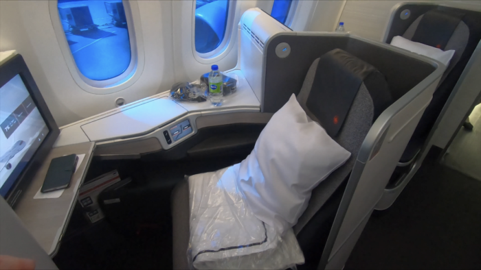 Flying Air Canada's 787-9, Signature Business Class