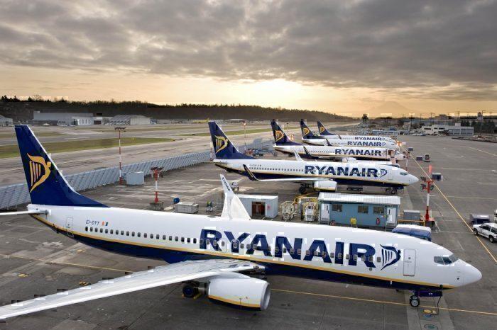 Ryanair 737-800s