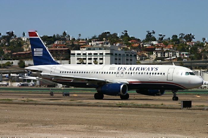 US Airways A320-231 on taxiway