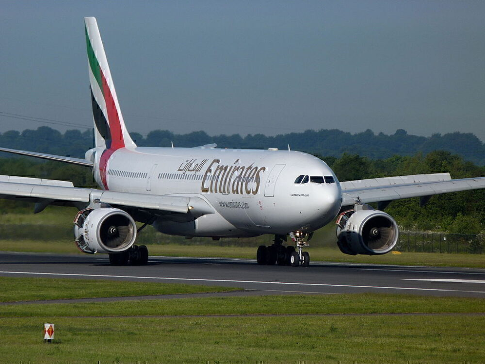 emirates-a330-900