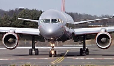 Jet2, Boeing 757, Pilot Unwell