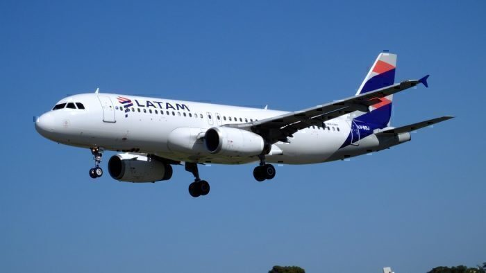 A LATAM A320