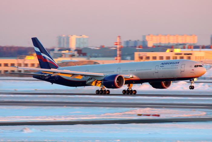 00px-Aeroflot_Boeing_777-300ER_VP-BGC_SVO_2013-3-7