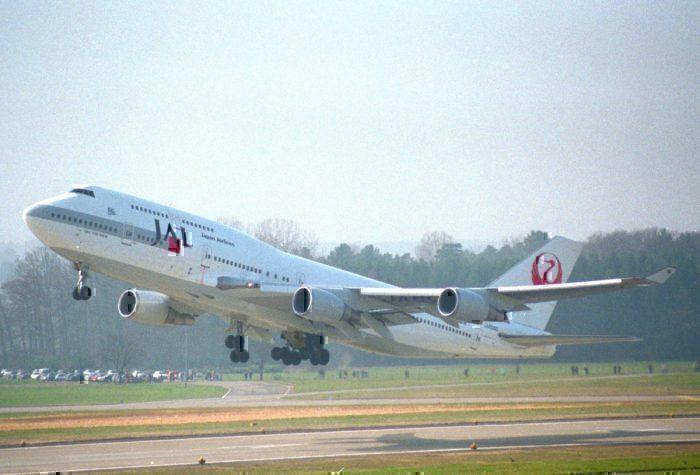 japan-airlines-boeing-747