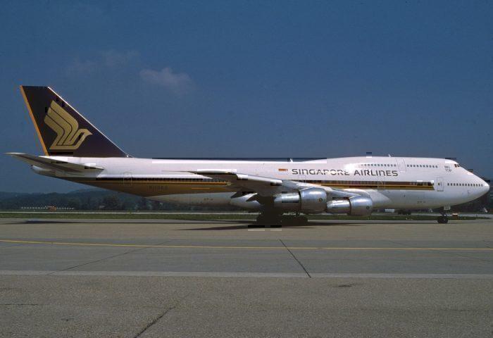 Boeing 747-300 Singapore