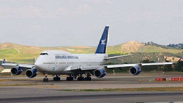 Boeing 747-475 finishing EZE-MAD route