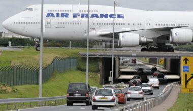 Air France 747 taxiing CDG