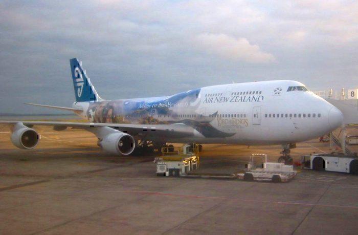 LOTR 747