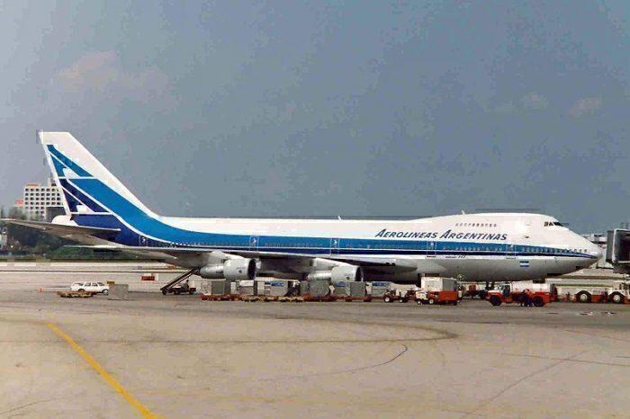 Aerolíneas Argentinas LV-MLO Miami airport