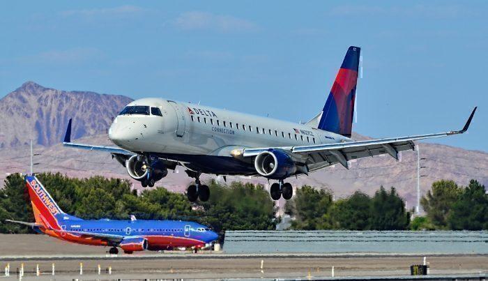 N627CZ_Delta_Connection_(Compass_Airlines)_Embraer_ERJ-175LR_(ERJ-170-200LR)