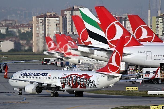 Turkish Airlines B737