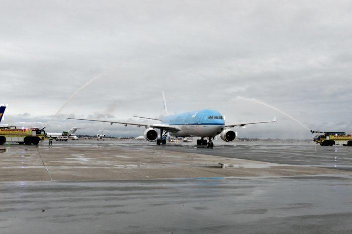 KLM, Boeing 777, Weather Radar