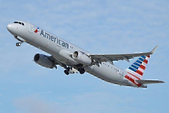 AA A321 take-off