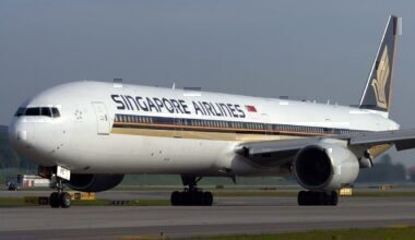 from singapore Singapore Airlines 777-300