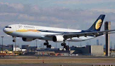 Jet Airways landing