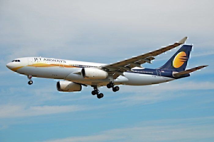 Jet Airways airline landing