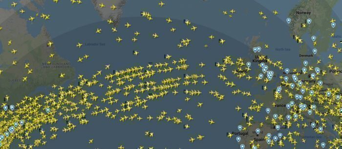 Screenshot of flights across the North Atlantic