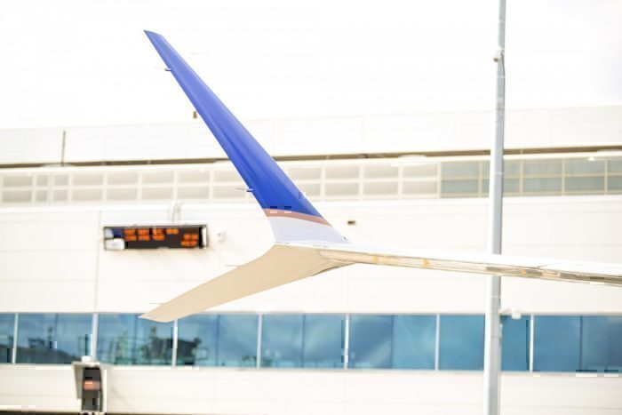 United 737 MAX winglets