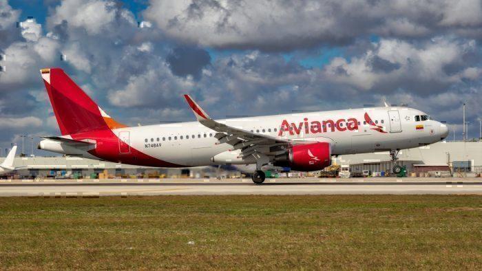 Avianca N748AV A320