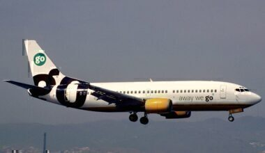 1024px-Go_Fly_Boeing_737-33A;_G-IGOI@AGP,_June_1999_BXY_(5066998338)