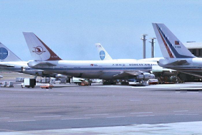 Korean Air Lines Boeing 747 HL7442