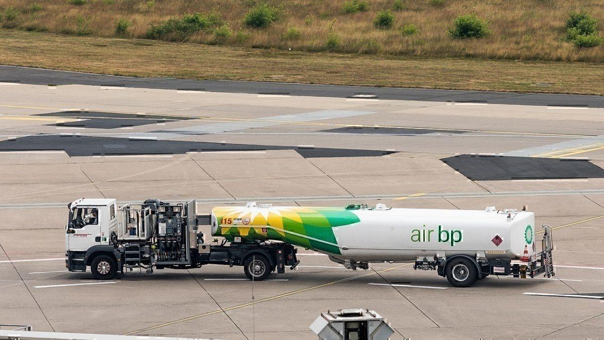 Air BP fuel truck