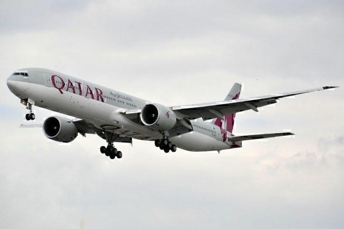 A Qatar Airways Boeing 777
