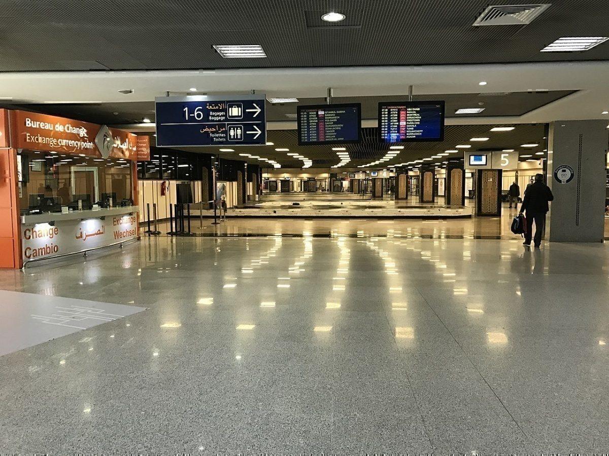 CMN Airport Baggage carousel.