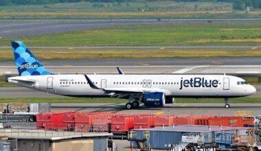 A JetBlue A321neo