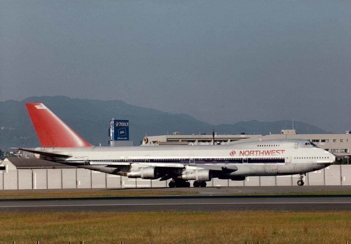 Northwest Airlines Boeing 747-100