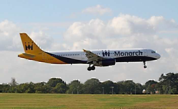 A Monarch Airlines Airbus A321