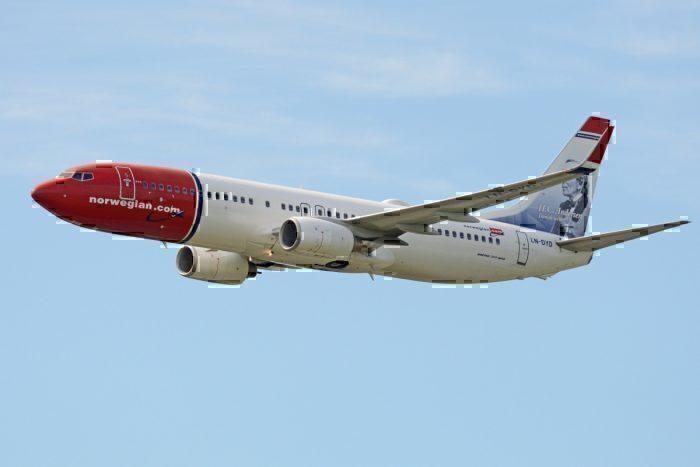 A Norwegian Air Boeing 737