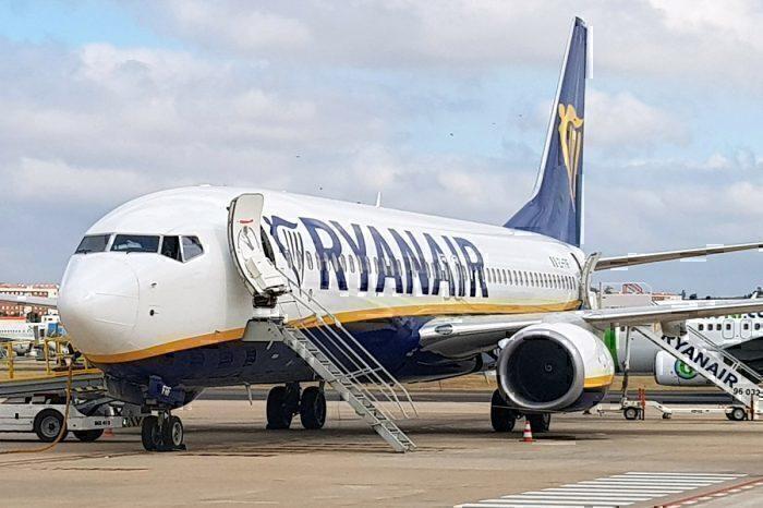 Ryanair - Flugzeug