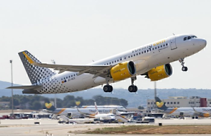 Vueling Airbus A320 Experiences Engine Shut Down Departing