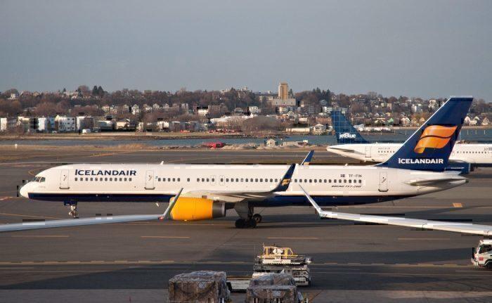 An Icelandair Boeing 757