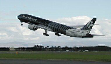 640px-All_Blacks_Air_New_Zealand_Boeing_777-300ER_taking_off