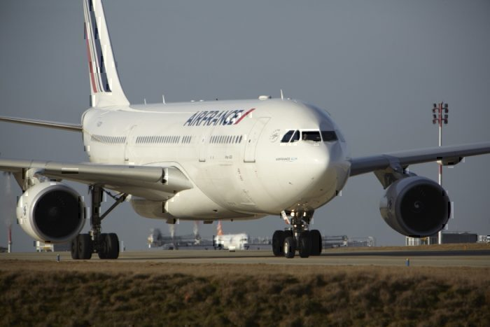 Air France Airbus A330 Abandons Transatlantic Crossing Following Suspicious Discovery