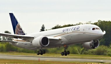 A United Airlines 787 taking off