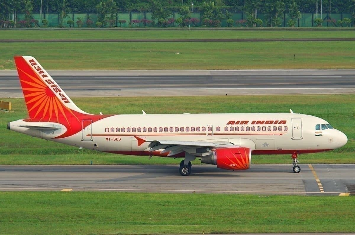 """Air India Staying Afloat Despite """"Precarious"""" Finances"""