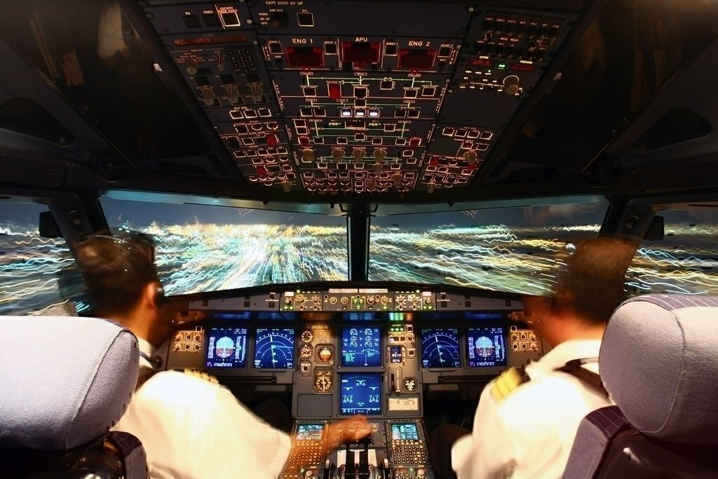 Pilots flying Airbus A320