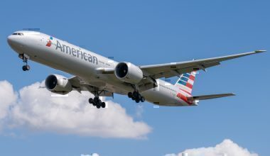 American Airlines 777