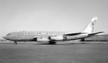 American Airlines Boeing 707